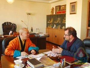 Бенжамин Жонс: Хамба лам Д.Нацагдоржийн тухай сонсоод гайхамшигтай кино хийх санаа төрсөн
